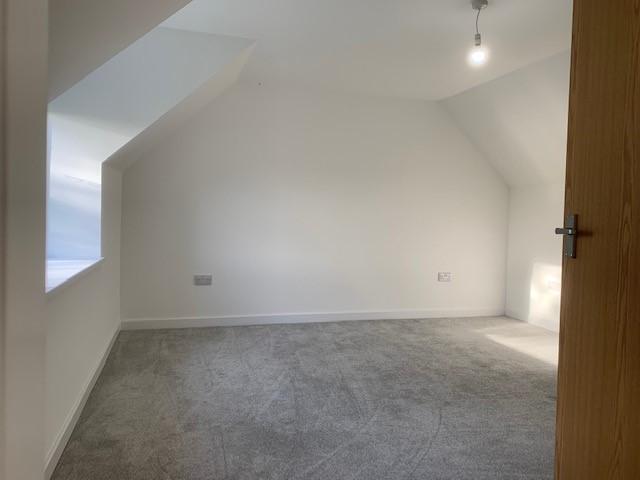 Bedroom 1a